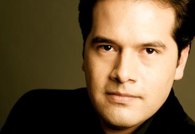 Conductor, Robert Trevino