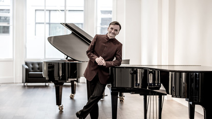 Pianist, Stephen Hough