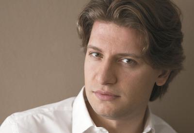 Conductor, Daniele Rustioni