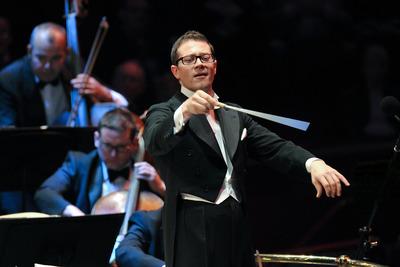 Conductor, John Wilson