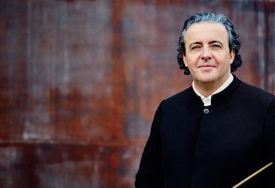 Conductor, Juanjo Mena