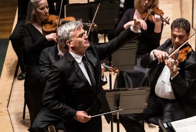 Conductor, Edward Gardner