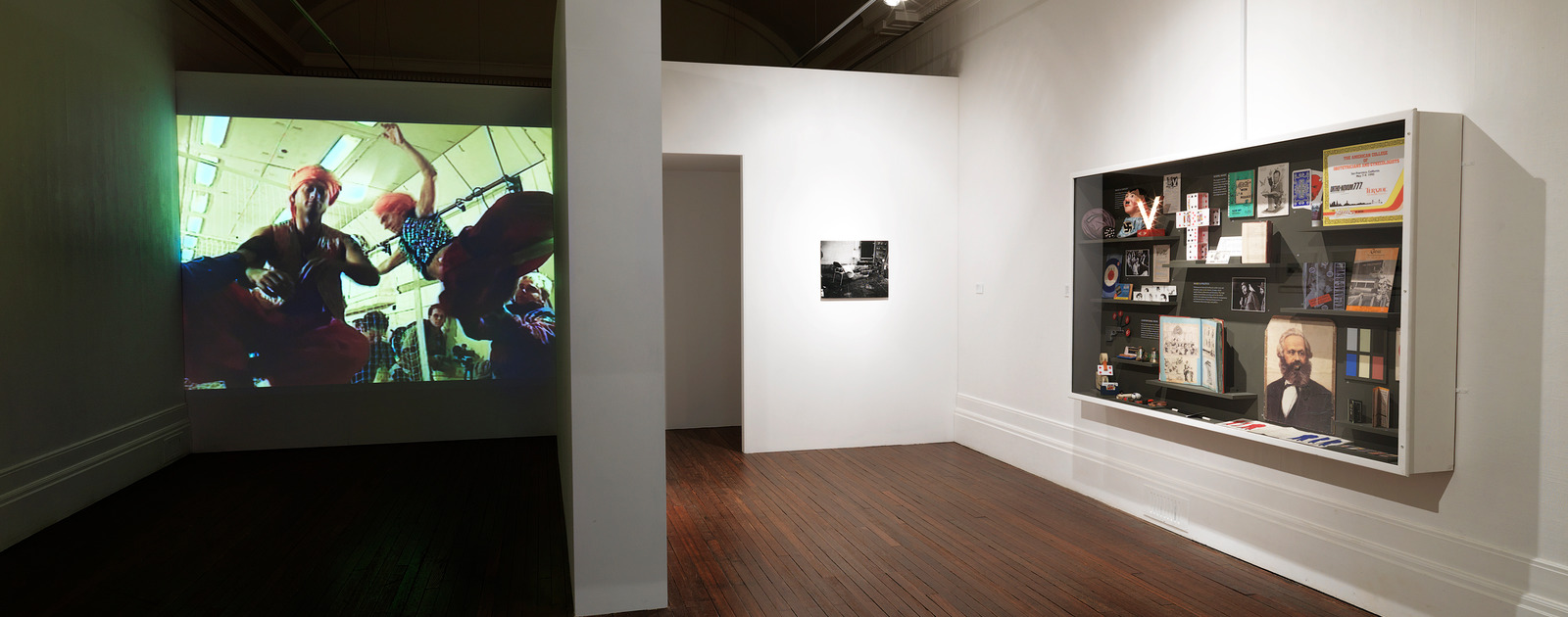 IInstallation View at the MAGIC ART SHOW 2009