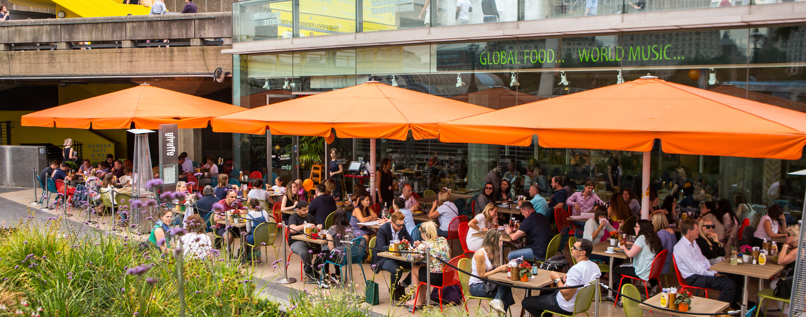 Exterior view of Giraffe restaurant at the Southbank Centre