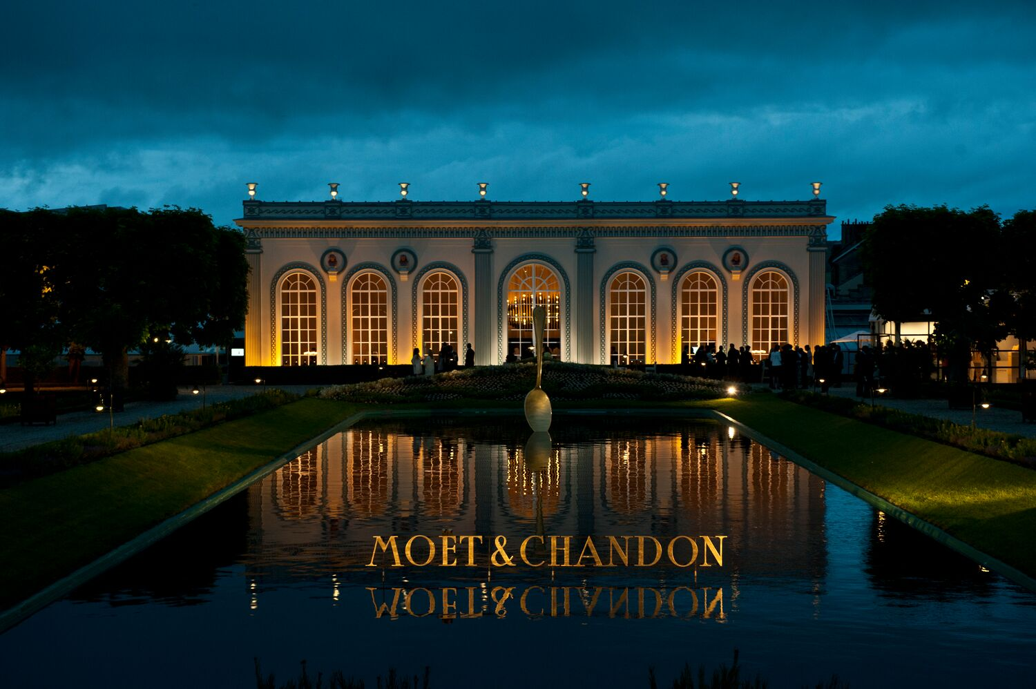 Moët & Chandon Le & pop-up restaurant